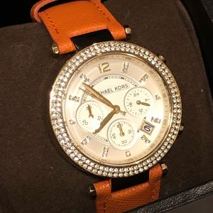 Authentic Michael Kors Watch, EUC with box!!